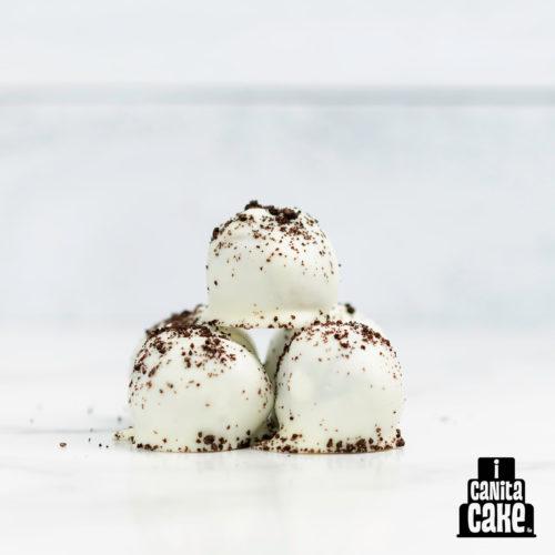 Cookies & Cream Cake Bites